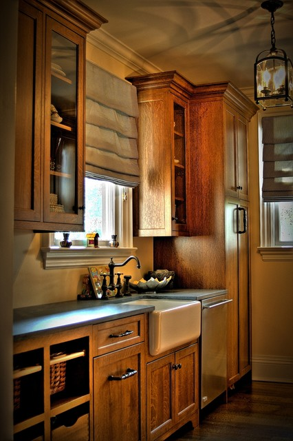 Butlers Pantry  Farmhouse  Kitchen  new york  by CCS