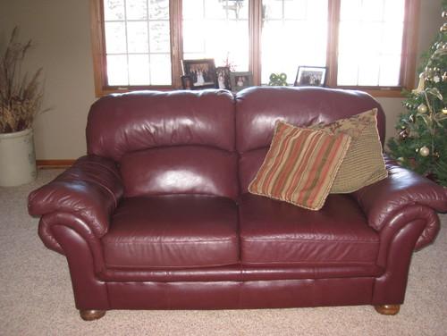 Decorating Ideas For Burgundy Leather Sofa Homeminimalis Com