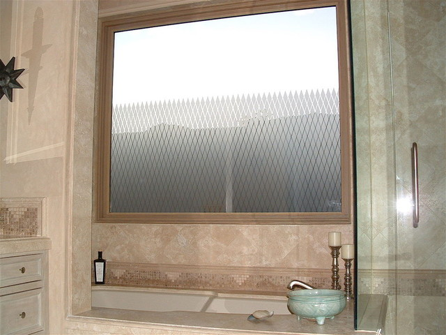 diamond grid bathroom windows - frosted glass designs privacy