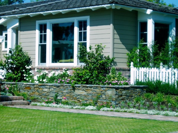 traditional cottage garden rancho