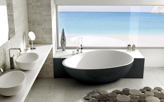 DesignBadewanne mit dunkler Schrze  Modern  Badezimmer