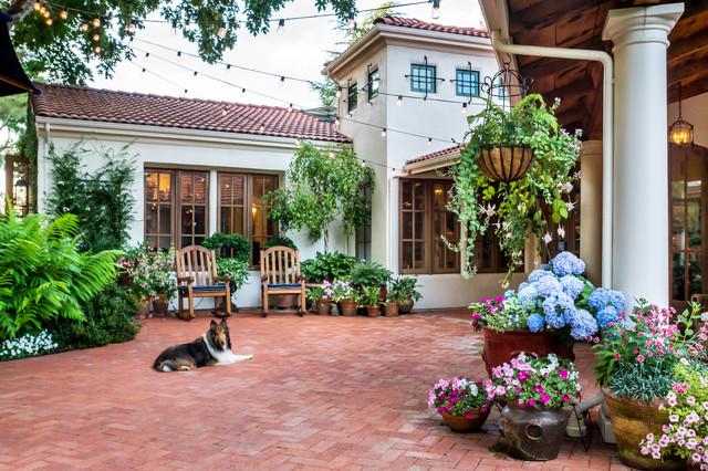 Casa Smith's California Garden