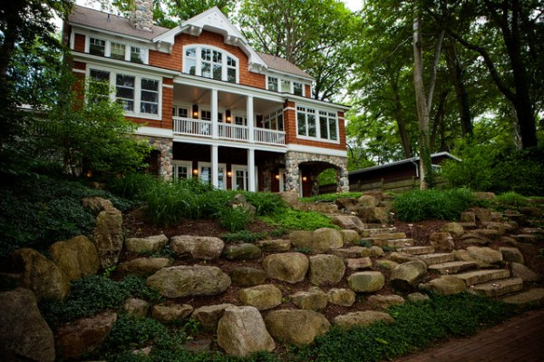 lakefront cottage - traditional