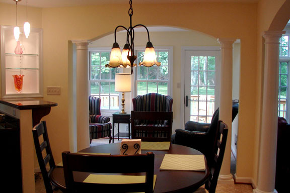 Arched Openings Between Casual Dining And Sitting Areas