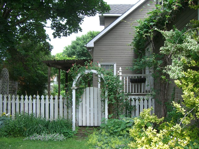 Lay Of The Landscape Cottage Garden Style