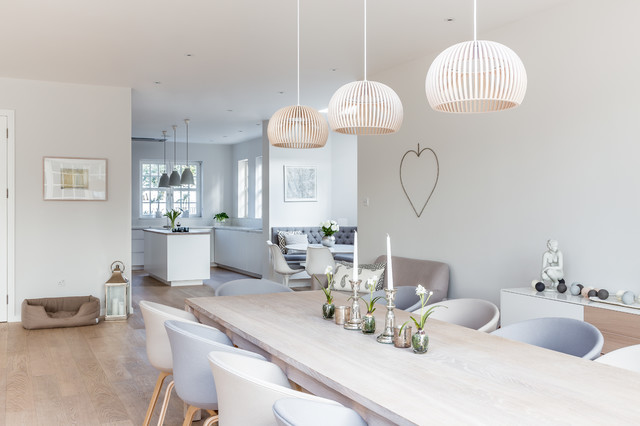 Sleek Scandinavian kitchen style scandinavian-dining-room