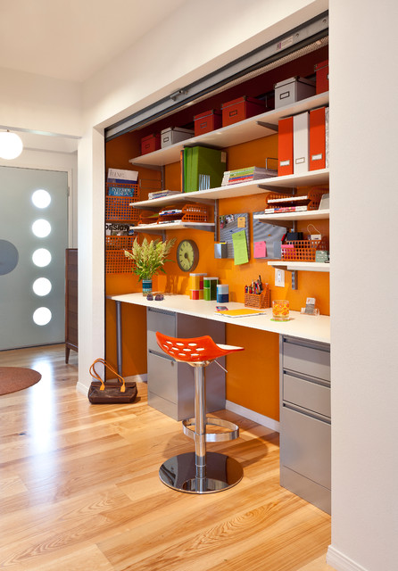 Colorful Mid Century Modern Residence midcentury-home-office