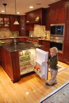 One of the many benefits of a kitchen island is the additional cabinet and  storage space it can provide. However, many modern kitchens already offer  an ...