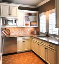 Bonus Room Kitchenette - Traditional - Kitchen - Nashville