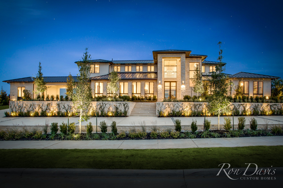 Hill Country Modern Model Home - Hills of Kingswood in ...