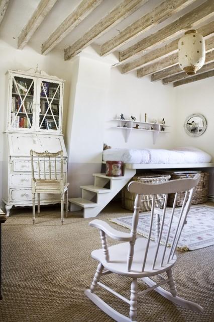 Ferme à Orgeval farmhouse-bedroom