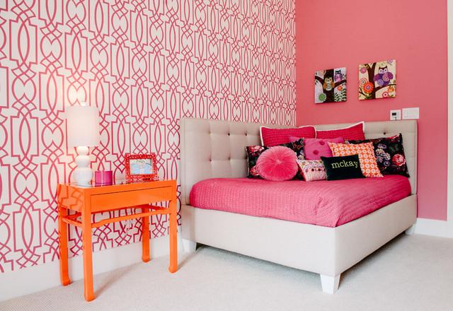Ad esempio, il letto è realizzato in bianco e piedistalli in rosa. Camera Da Letto Rosa Guida Al Colore