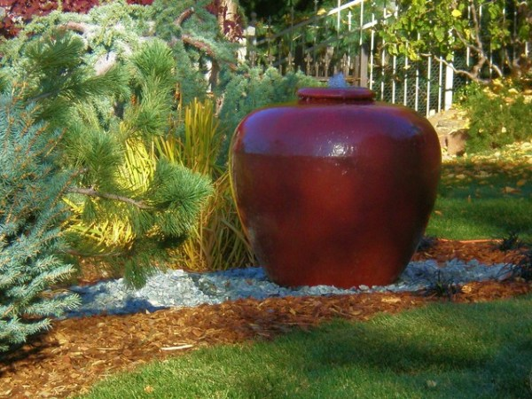 red bubbler pot - mediterranean