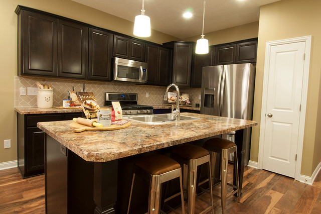 round glass kitchen tables roman shades m/i homes of columbus: waterford park - parkside model ...