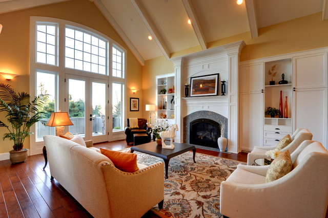 Living Room Staged by Synergy Staging  Contemporary