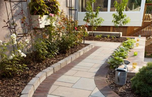 outdoor bistro paver walkway