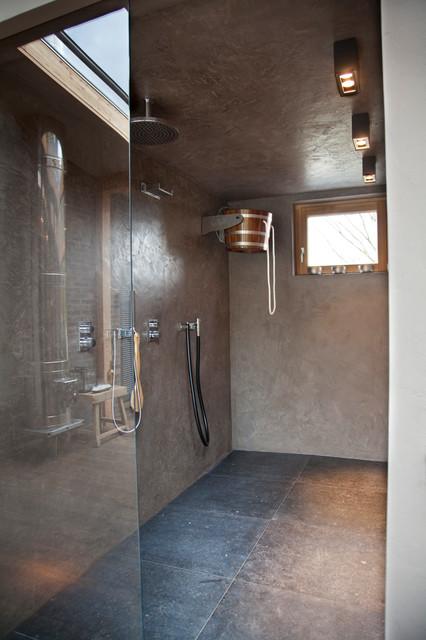 Fugenloses Bder in wasserfestem Putz  Modern  Badezimmer  Kln  von VerWANDlung remmers