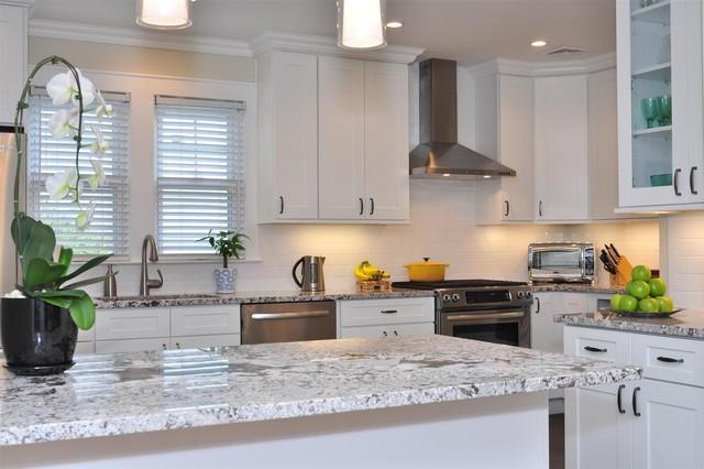 White Kitchen Cabinets Ice White Shaker Door Style Kitchen