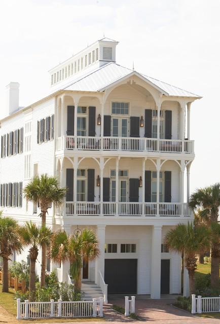 Coastal Living House beach-style-exterior