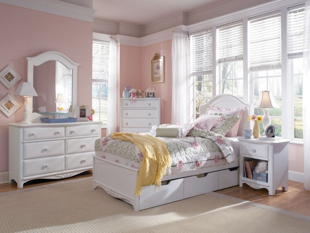lea haley panel bedroom - traditional - bedroom - new york - by