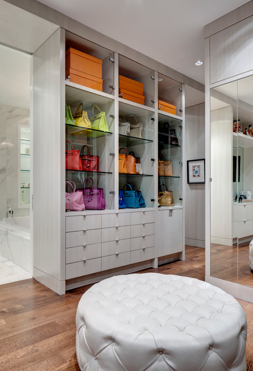 how to turn a walk in closet into a