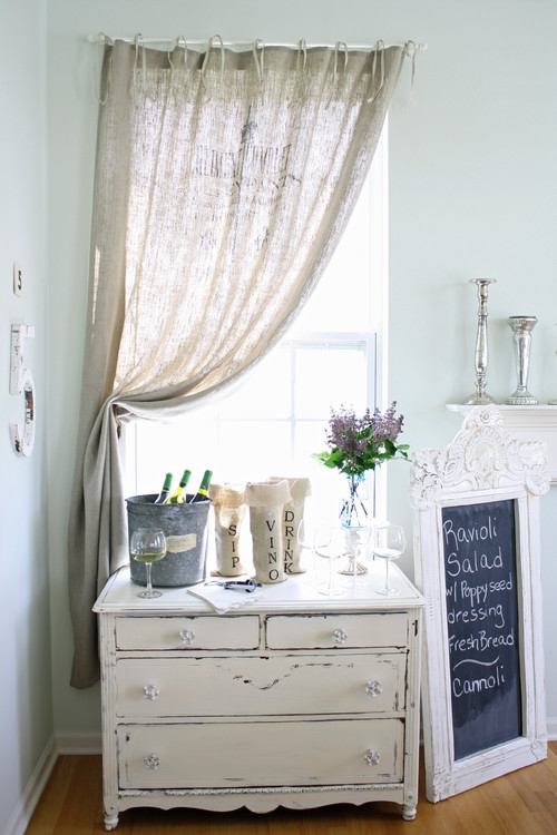 I Have Seen This Printed Burlap Curtain In A Few Photos But I Can