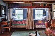 Cottage Farmhouse Bedroom Decorating Ideas