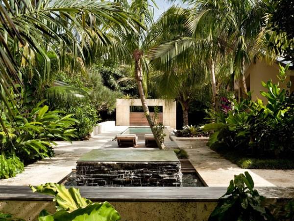 south miami garden - tropical