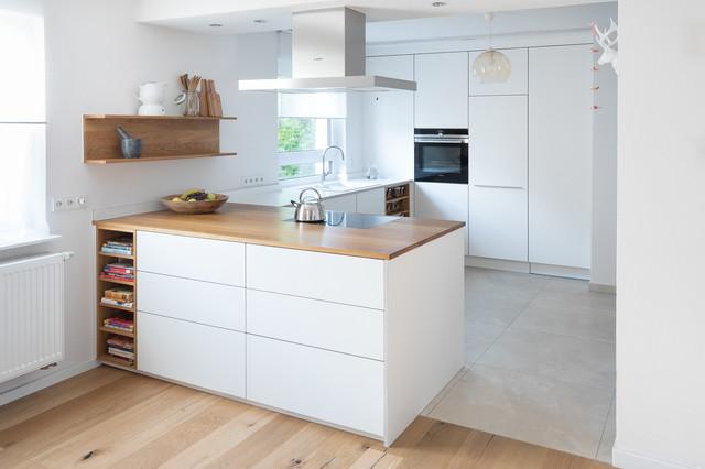 Offene Kche mit Kochinsel  Contemporary  Kitchen