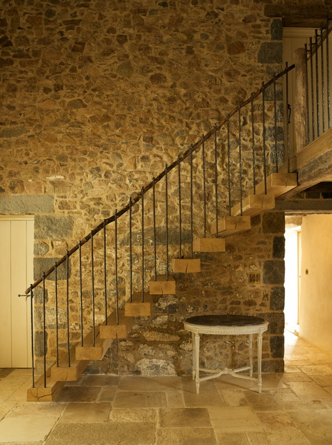 Les Prevosts Farm Farmhouse Staircase Channel