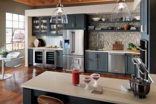 Dipingere le proprie pareti a righe potrebbe essere la soluzione che stavi cercando. Come Rinnovare La Cucina Senza Cambiarla Completamente Idealista News