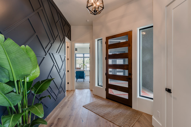 Mace River Pend Oreille - 2021 Houzz Winner (Entry) contemporary-entry