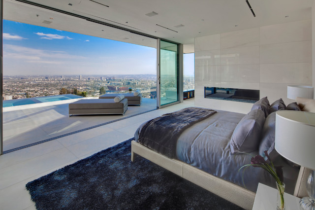 DOHENY ESTATES  9150 Oriole Way  Contemporary  Bedroom  Los Angeles  by Riviera Pools  Spas