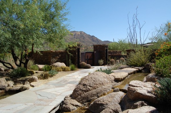 desert mountain project - 01