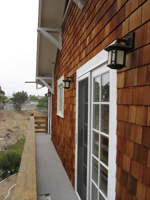 Semitransparent stain on cedar shingle house