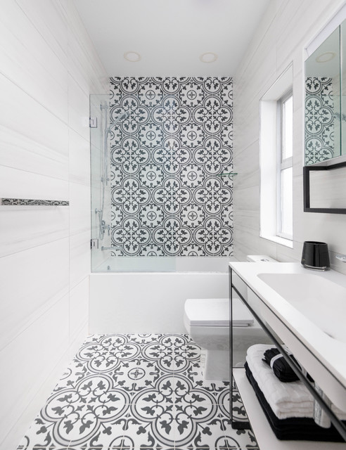 black and white bathroom design with