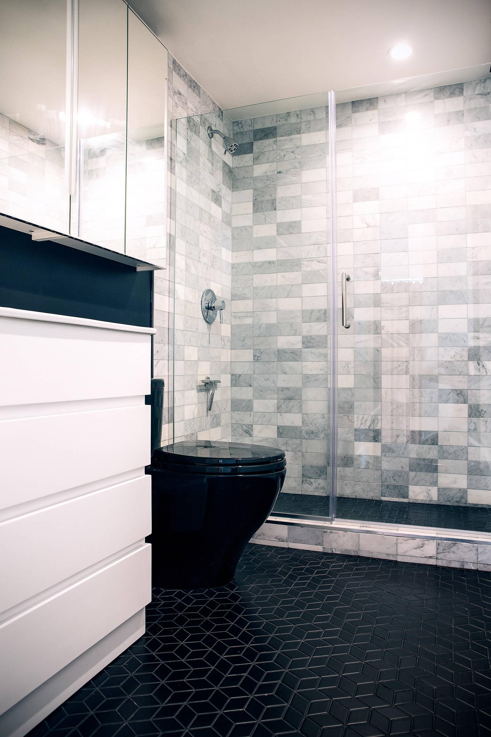 brown marble bathroom design image