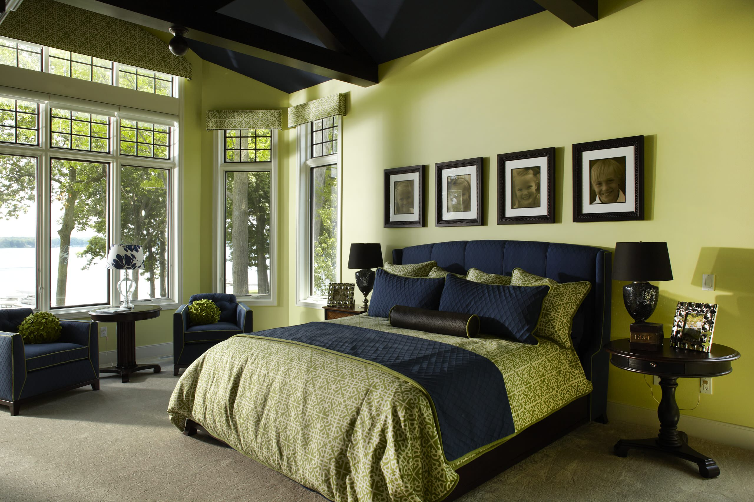 Hgtv can help you find the right shade for your green bedroom. 75 Beautiful Green Bedroom Pictures Ideas October 2021 Houzz