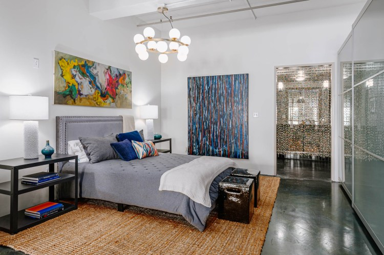 75 Beautiful Industrial Bedroom Pictures Ideas January 2021 Houzz