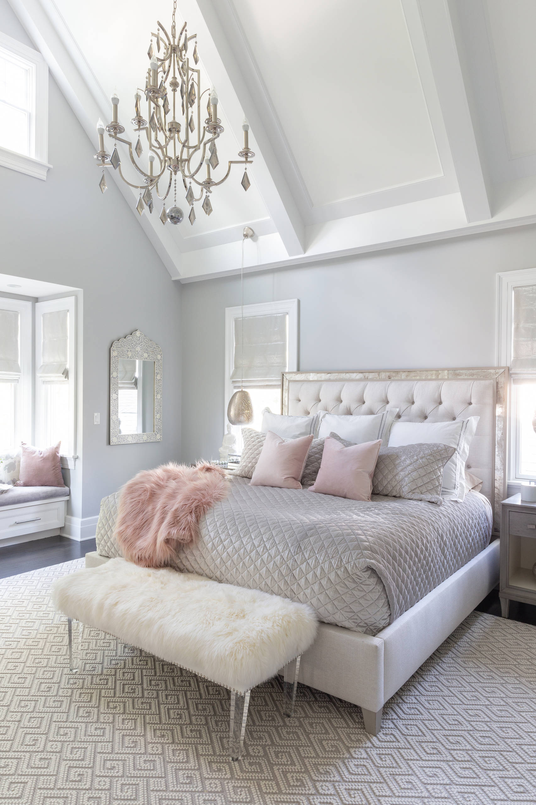 18 Beautiful Small Bedroom Pictures Ideas October 2020 Houzz