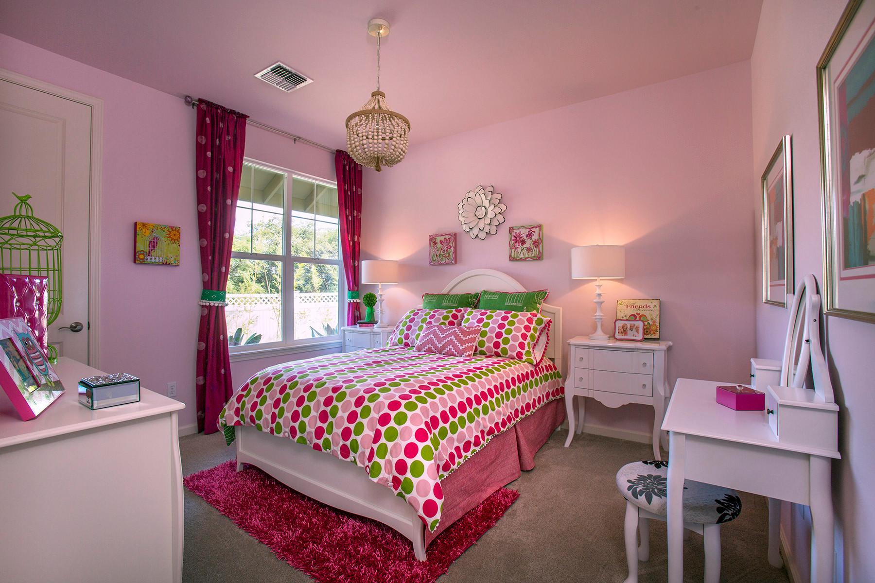 Colori pareti camera da letto 2022. Camera Da Letto Con Pareti Rosa Design Foto E Idee Per Arredare Settembre 2021 Houzz It