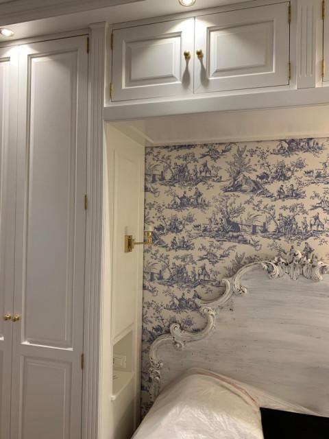 La camera da letto è una stanza davvero particolare. Armadi A Ponte Su Misura Roma Traditional Bedroom Rome By Falegnameria Su Misura Houzz