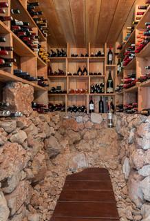 photos et idees deco de caves a vin