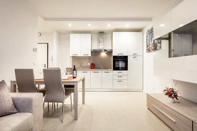 In base alle esigenze e agli spazi a disposizione, è possibile progettare un open space con cucina e soggiorno:. Come Hanno Fatto 4 Pro Spiegano 4 Open Space Under 25mq