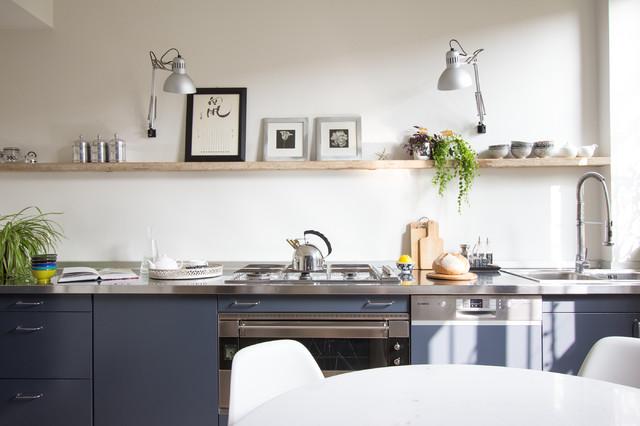 Basta puntare su un arredamento funzionale e moderno. 12 Idee Per Arredare Una Cucina Moderna Senza Pensili