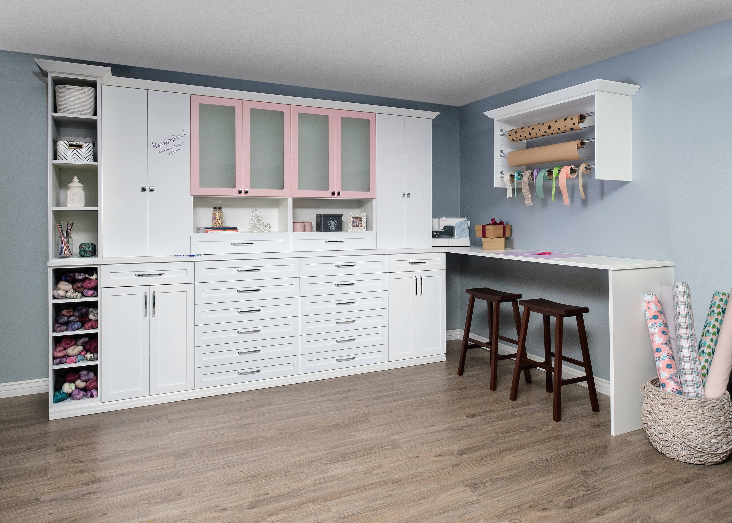 75 Beautiful Modern Craft Room Pictures Ideas September 2020 Houzz