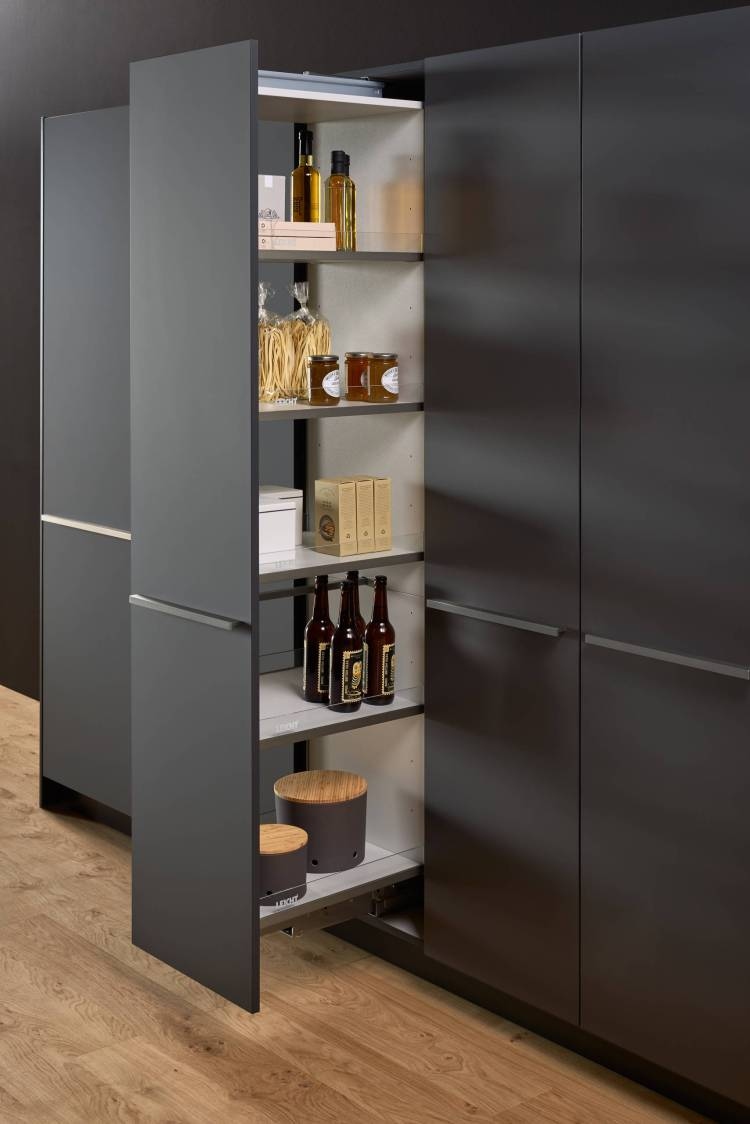 75 Beautiful Large Kitchen Pantry Pictures Ideas January 2021 Houzz