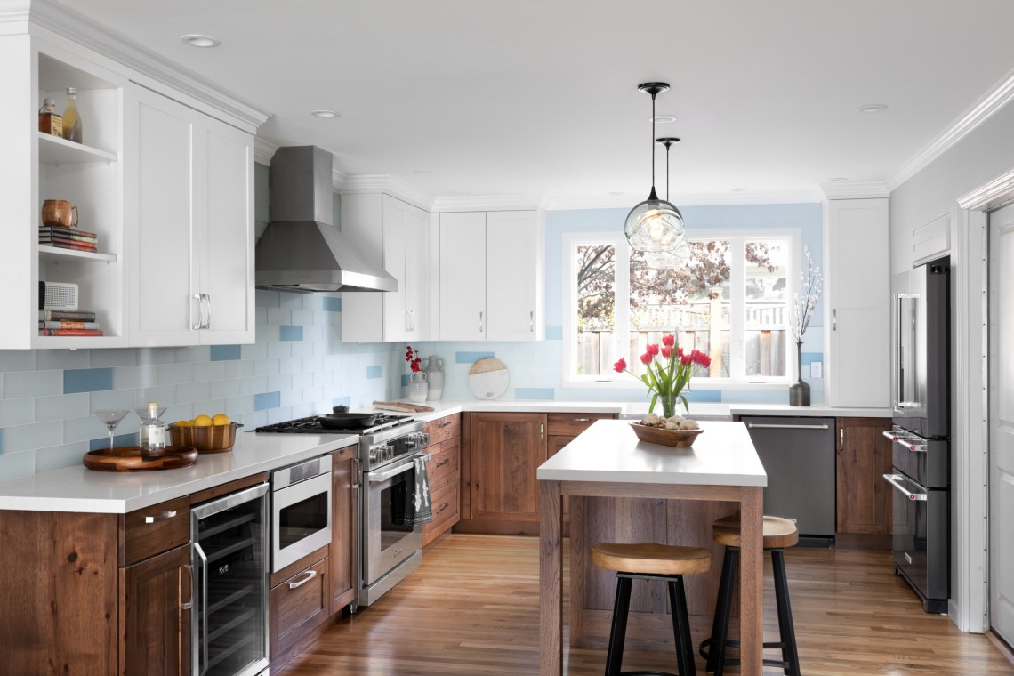 75 Beautiful White Kitchen Pictures Ideas August 2021 Houzz