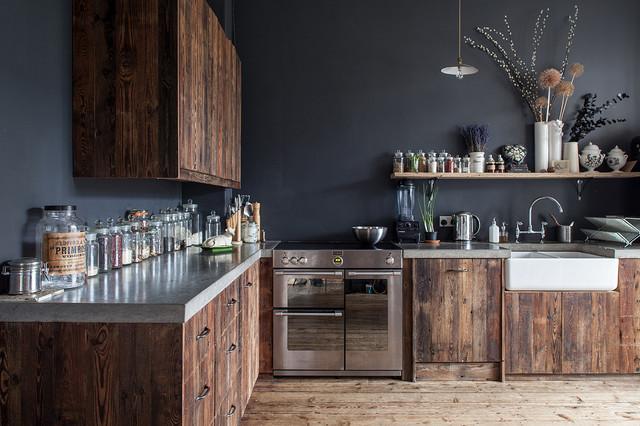 Scopri come abbinare al meglio i colori delle pareti e dei mobili delle stanze di casa tua. 6 Colori Che I Pro Usano Per Valorizzare Le Cucine In Legno Noce