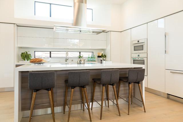 Menlo Park Kitchen Bar Front Door Contemporary Kitchen San Francisco By European Cabinets Design Studios Houzz Au
